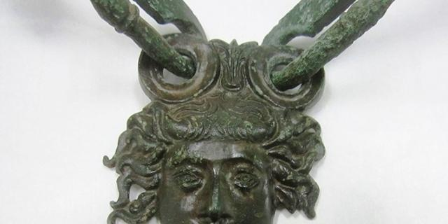 Aristocrazie lucane e artigianato etrusco. Ricerche di archeologia preventiva nella valle del Sauro