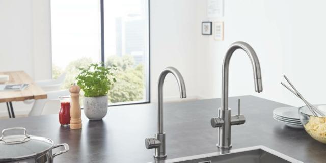 In cucina, acqua del rubinetto filtrata bollente o frizzante, grazie a due innovazioni Grohe