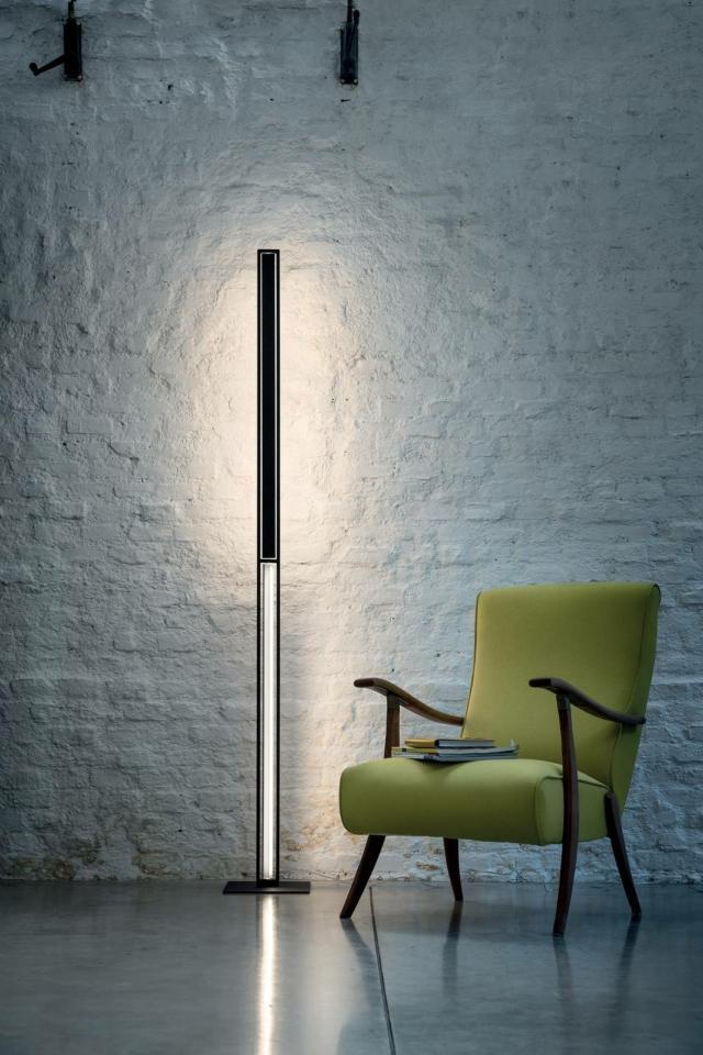 lampada da terra Linea Light_tablet