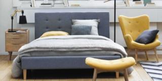 poltrona in camera arredamento completo con letto tessile e poltrona maisons du monde