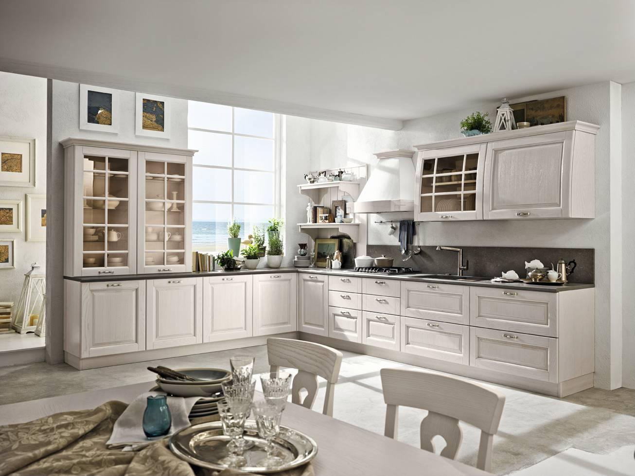 Cucine in stile country 13 modelli in legno o in laccato for Cucine in stile