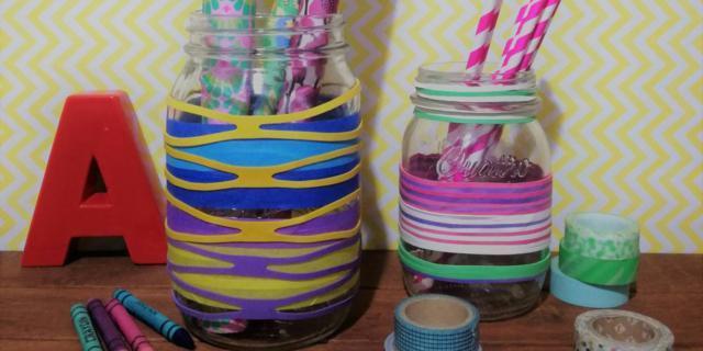 Barattoli decorativi con elastici e nastri