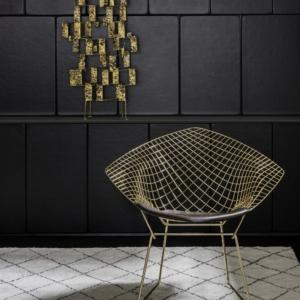 Seduta Diamond Chair progettata da Harry Bertoia