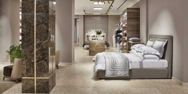 Nuova veste per lo storico negozio Frette a Milano