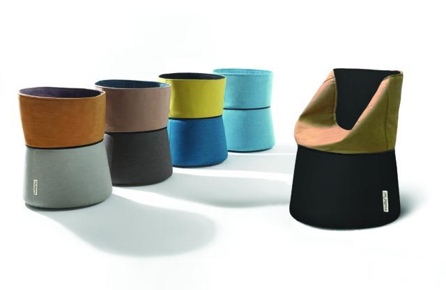 Il progetto Papillon di Manuela Bucci Design è una poltroncina - contenitore realizzata in fibra di cellulosa. Prodotta da Esssent'ial.