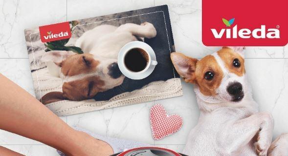 Vileda: con il robot catturapolvere in regalo la tovaglietta in PVC con la foto del proprio animale
