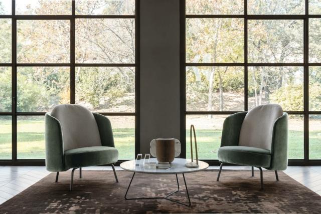 Lucia di Ditre Italia, design Federica Biasi, è la poltrona che  fonde insieme morbide curve e dettagli ricercati. È disponibile in due versioni, con schienale alto o basso. www.ditreitalia.com