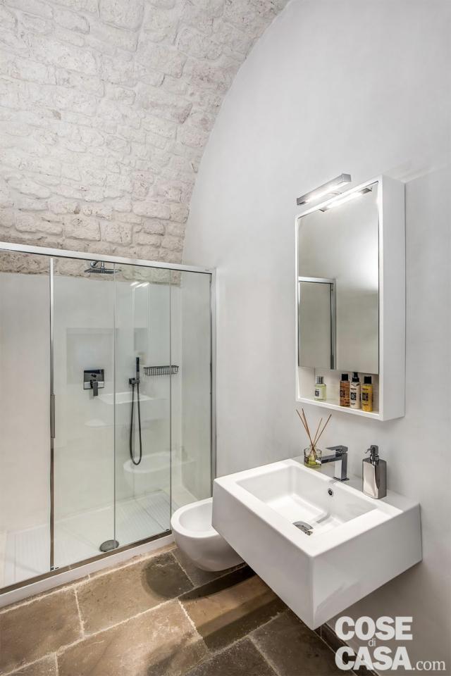 bagno soffitti a volte in pietra a vista