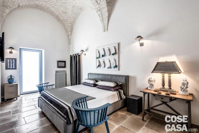 camera-matrimoniale soffitti a volte in pietra a vista