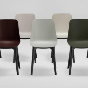 La sedia Max di Maxdesign è realizzata con nuovi materiali sostenibili sviluppati partendo dalla materia prima ad un secondo ciclo di vita, declinati in due palette di colori: Solid per la versione RE-PPL realizzato in polipropilene riciclato e rinforzato e Blend pr RE-WOOD prodotto con RE-PPL e granuli di legno riciclato. www.maxdesign.it
