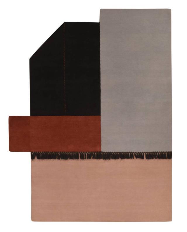Il tappeto della Collezione Terrazze di Mohebban Milano, design Elena Caponi Studio, è realizzato a mano in misto lana e cotone; è caratterizzato dal colore e dalla cucitura. È disponibile in tanti formati, ma può essere realizzato anche su misura. www.mohebbanmilano.com