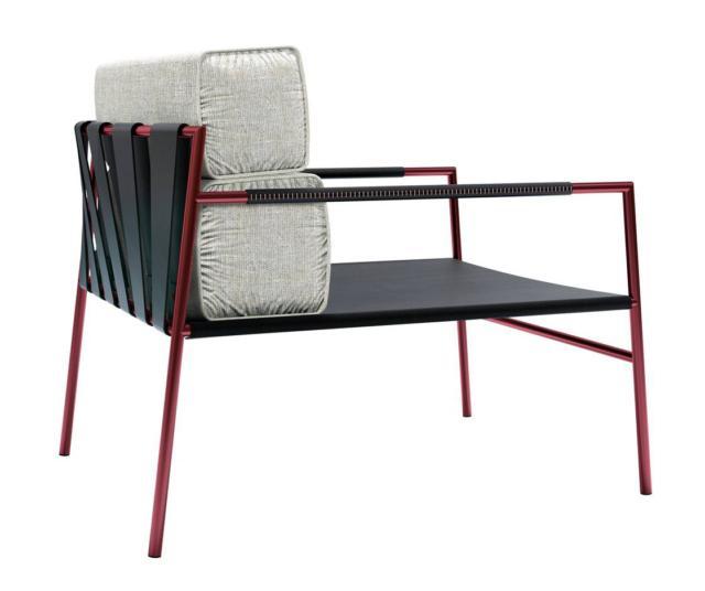 La poltrona JK Easy Chair di Ritzwell, disegnata da Jun Kamahara, ha una forma essenziale e decisa rinnovata attraverso i nuovi materiali e colori come il rosso e il bronzo. Il sottile telaio tubolare in acciaio inox sostiene la seduta in cuoio; lo schienale è formato da fasce di cuoio a cui sono fissati i grandi cuscini.  www.ritzwell.com