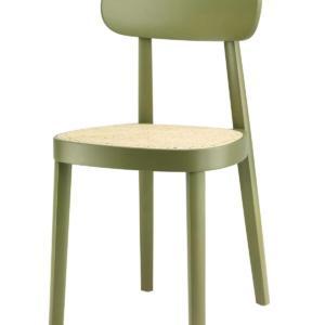 Il modello 118 di Thonet, design Sebastian Herkner, è la sedia caratterizzata dal telaio formato da un unico pezzo curvato, rivestito in canna d'India intrecciata, che ne sottolinea la forma elegante e discreta, ma anche solida e resistente. La spalliera è leggermente inclinata per adattarsi al sedile e garantire il massimo comfort. È disponibile in faggio mordenzato o naturale. www.thonet.de