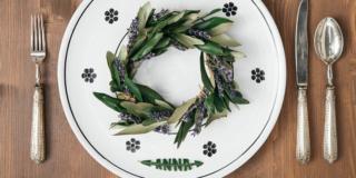 Coroncina di ulivo e lavanda per la tavola e segnaposto naturali