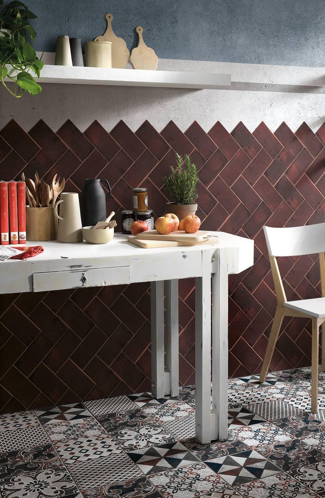 Centro Della Ceramica E Arredo Casa Srl.La Tendenza Vintage Della Ceramica Decorata Cose Di Casa