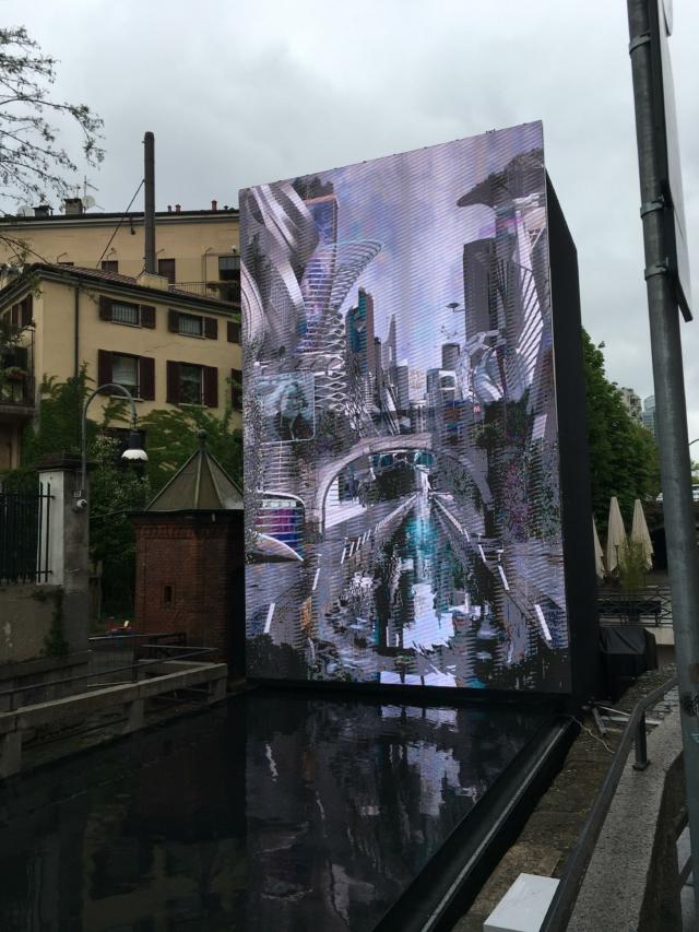 AQUA, nel maxi schermo un'ipotetica Milano del futuro, nel 2049.