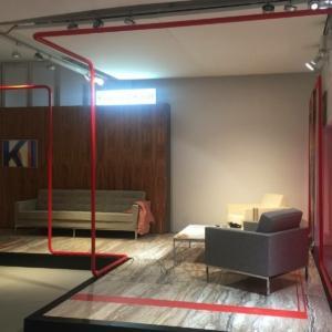 Allestimento del Cluster Florence Knoll con pianta dello studio di Charles Eames.