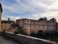 """""""Francesco Maria I della Rovere di Tiziano"""", Collezioni roveresche nel Palazzo di Casteldurante"""