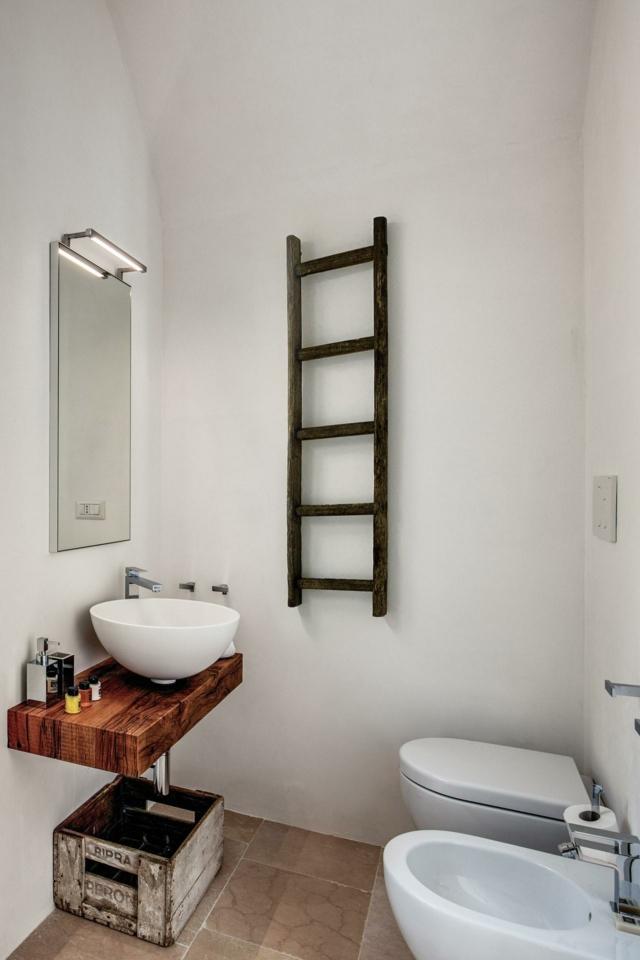 doccia  BAGNO casa di campagna a ostuni con recupero lamia e trullo