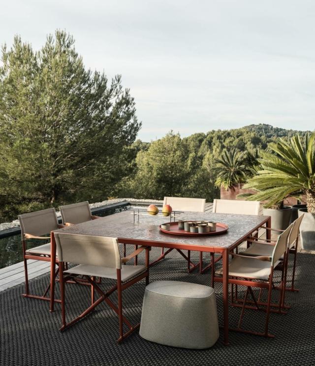 b&b italia Mirto tavolo e sedie per esterno