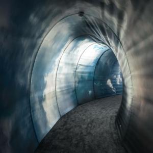 Interno nuova sede Duka a Bressanone (Bz): tunnel di accesso allo show-room