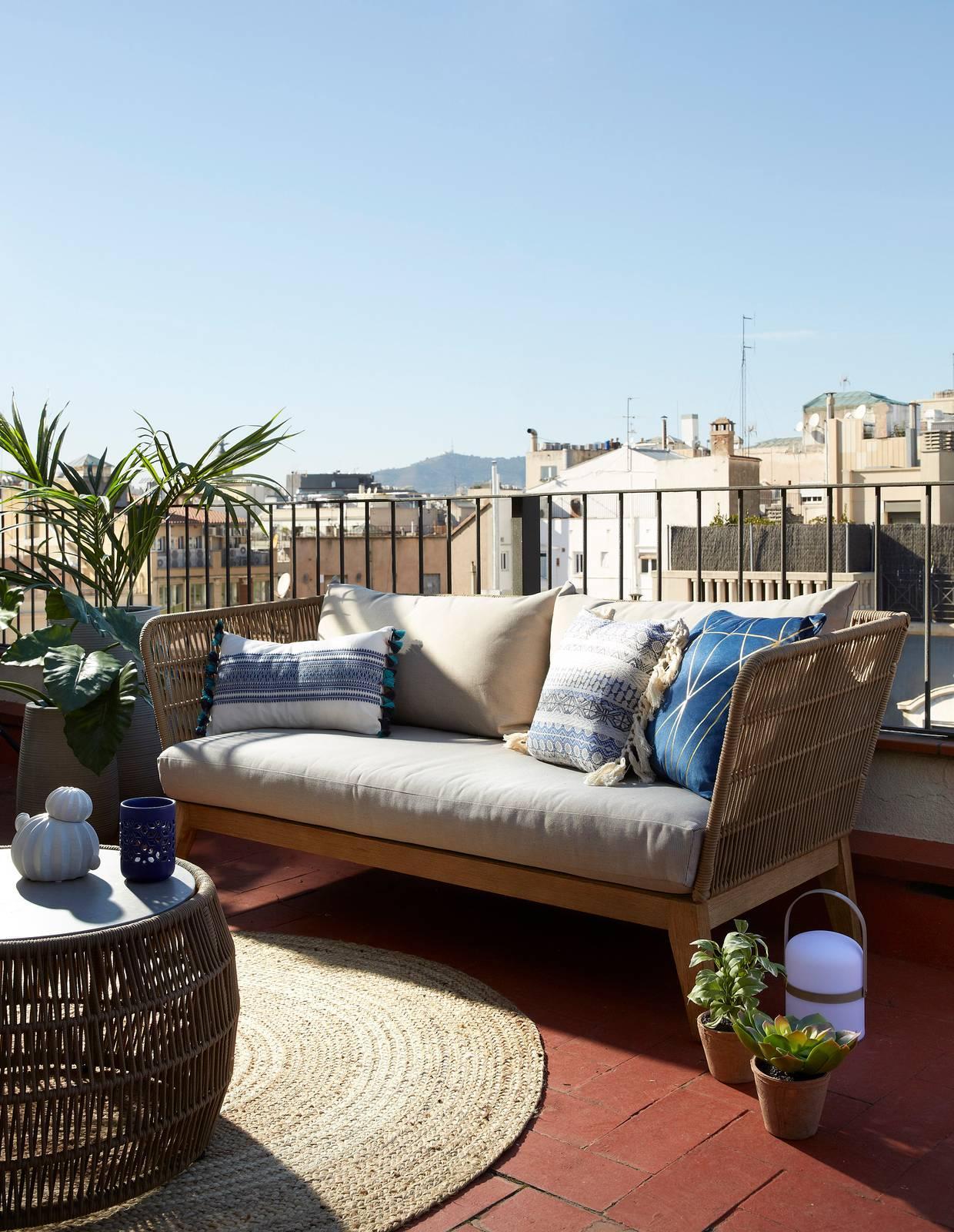 Divanetto Per Balcone Piccolo divani per esterno: 12 modelli per terrazzo, giardino o