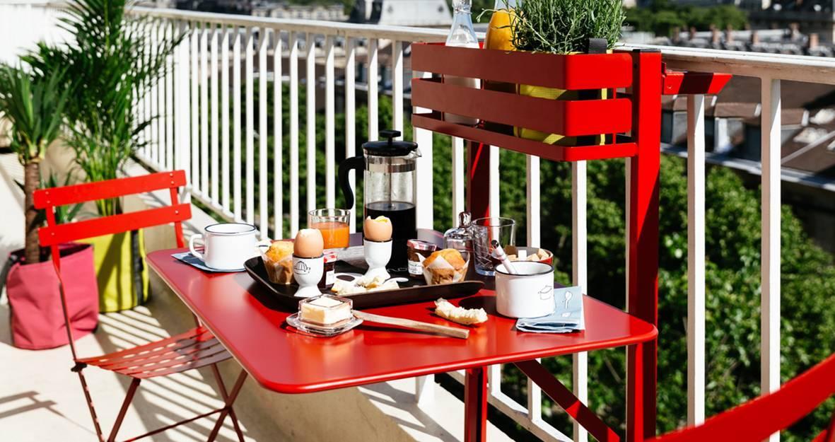 Tavolo Pieghevole Da Terrazzo.Tavolini Da Balcone Piccoli E Pieghevoli Cose Di Casa