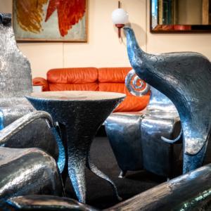 Sette pezzi (Tusse, Octopus, Buteo, Secola, Ottero, Tonzo e Varamo) per il salotto in fusione alluminio di Andrea Salvetti - designer e scultore.