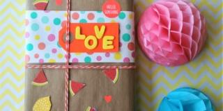 Come fare il pacchetto regalo decorato