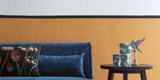 Decorare la parete con un effetto boiserie