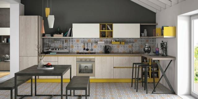 creo-kitchens-tablet Cucina con dettagli colorati