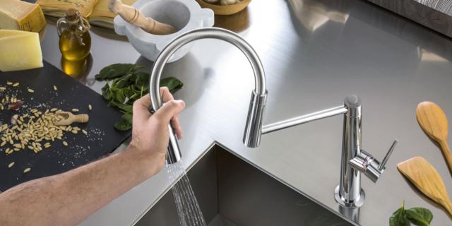 Rubinetti per la cucina belli, funzionali e risparmia-acqua