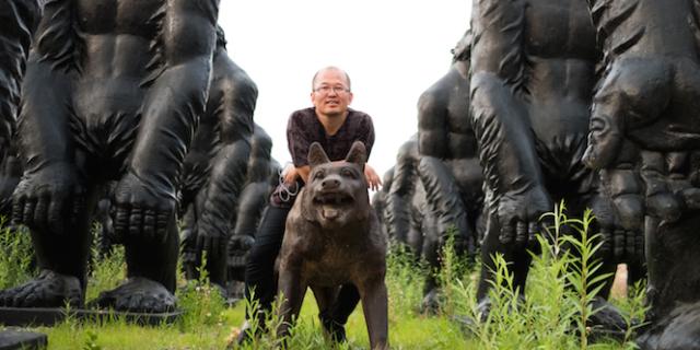Liu Ruowang. Wolves Coming