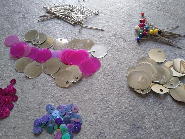 materiali occorrenti per fare palline fai da te per l'albero