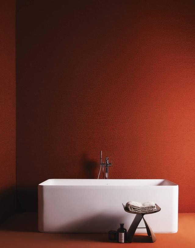 Vasca centro stanza Conca Bianco + Rubinetteria gruppo miscelatore da appoggio per vasca centro stanza TonicII di Ideal Standard