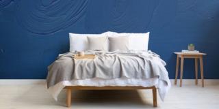 Classic Blue, il colore Pantone 2020. Per una casa moderna e rassicurante