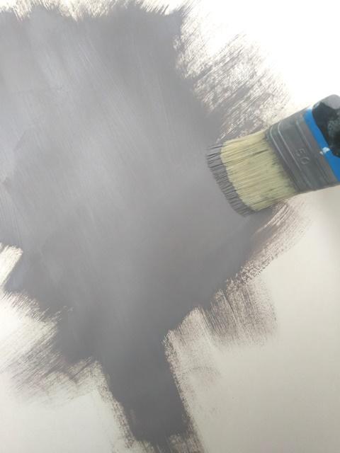 Come Dipingere Una Parete In Una Tonalita Scura Cose Di Casa
