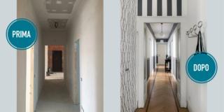 prima e dopo i lavori in un lungo corridoio con tappezzerie di diversa fantasia bianco e grigio e parquet a spina di pesce