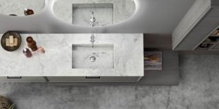 top in marmo Bianco Carrara di Arcom con vasca integrata