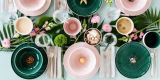 Piatti colorati e fantasia per rallegrare la tavola