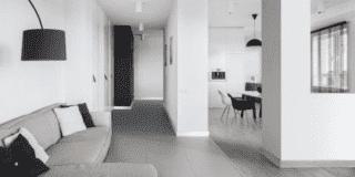 Scegliere il battiscopa, un dettaglio importante della casa