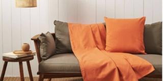 Teli arredo copritutto per cambiare aspetto a divani e poltrone, ma anche a tavolo o letto